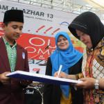 SMPI Al-Azhar 13 Raih Penghargaan Walikota Surabaya
