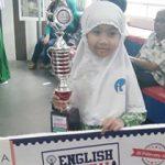 Murid Kelas 1 Makkah SD Islam Al Azhar 11 Surabaya,Aimee Elvaretta Q. Juara 1 English Festival @ SNA...